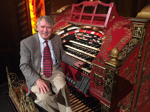 Organist Jay Mitchell at the Alabama Theatre.